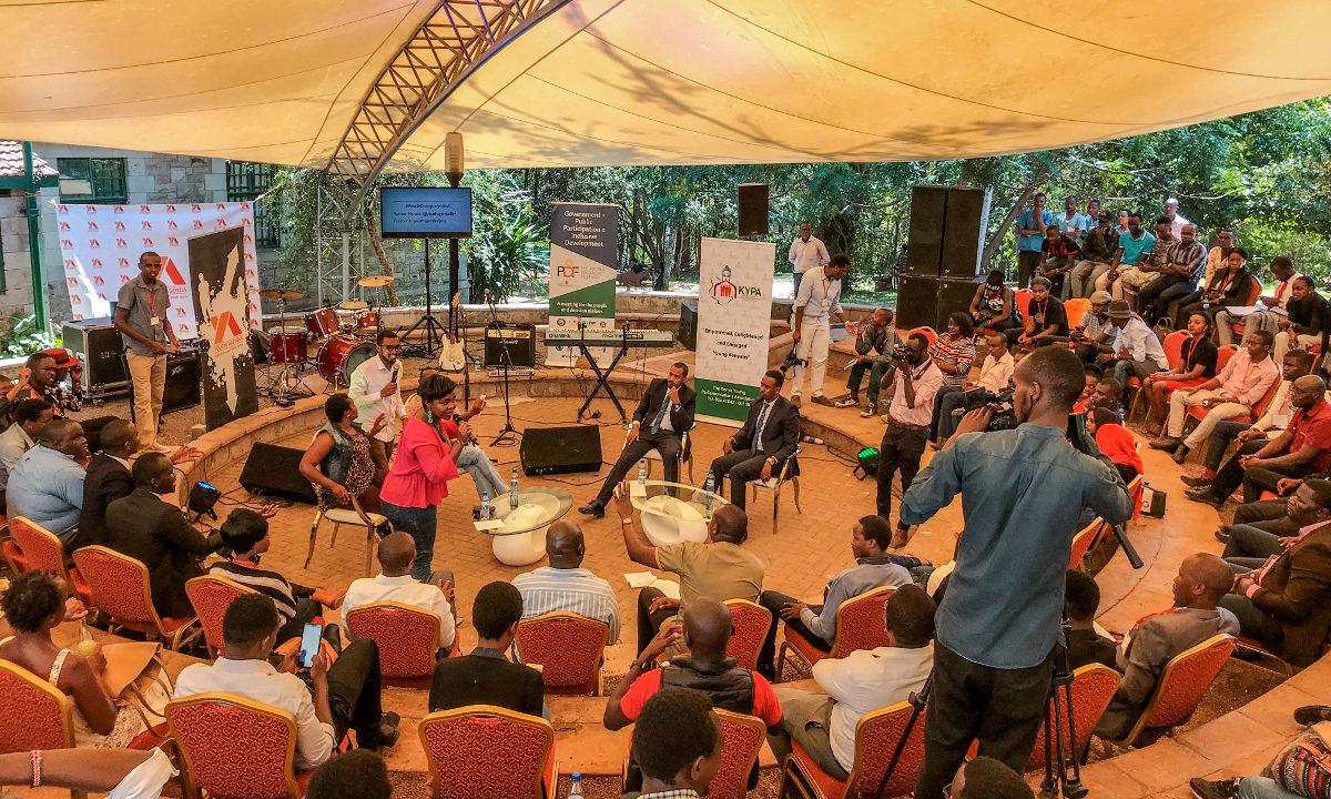 I Nairobi har Kenya holdt sitt første folkemøte med inspirasjon fra Danmark. Målet er å bringe folket og politikerne tettere på hverandre.