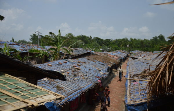 Diaré og kolera fra skittent vann rammet hundretusenvis av Rohingya-flyktninger i verdens største flyktningleir. Nå sørger solceller for at 40 000 flyktninger får rent vann.