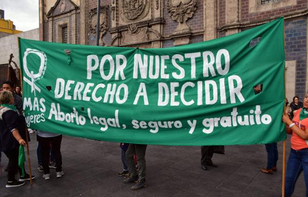 Onsdag 24.september 2019 ble abort avkriminalisert i den meksikanske staten Oaxaca, melder The Guardian. Dette gir kvinner mulighet til å bestemme frem til uke 12 av svangerskapet, skriver Reuters.<br /> <br />