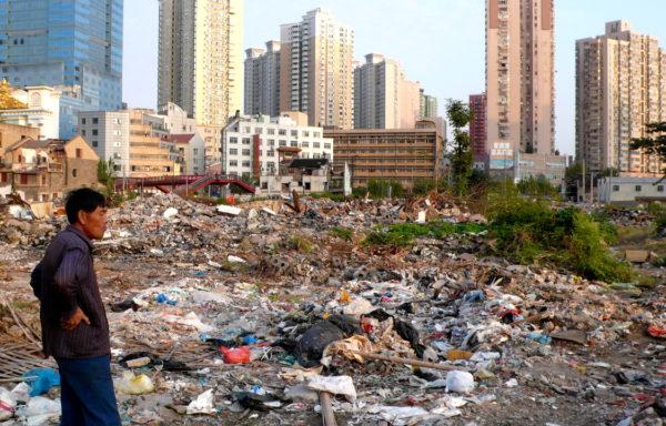 Det gigantiske landet Kina slutter seg nå til gruppen av land som vil kutte bruken av plast som kun kan brukes én gang. Det forventes å ha en betydelig innvirkning på miljøet.