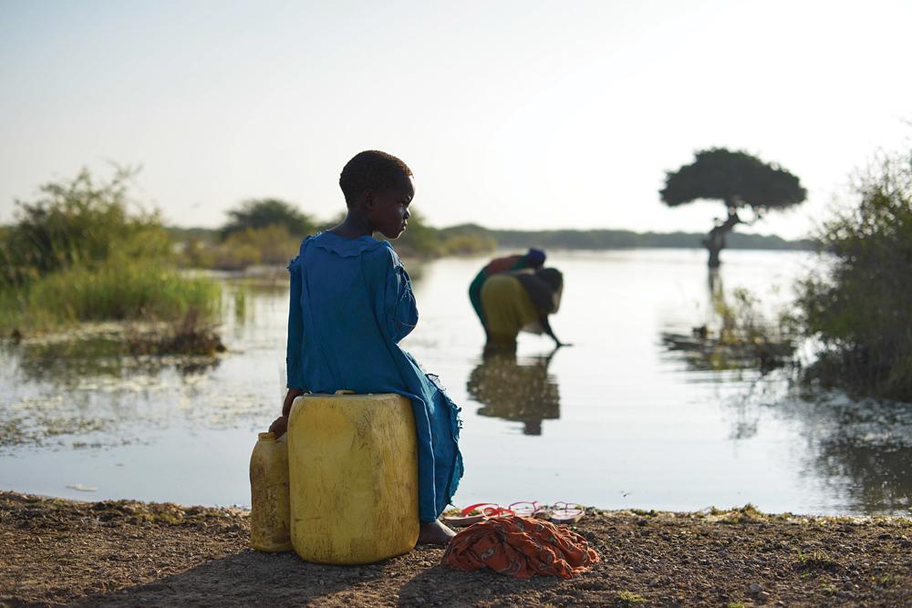 For første gang er en vaksine mot den myggbårne sykdommen malaria klar til å bli testet i den virkelige verden.