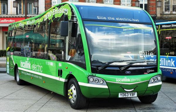 Antallet elektriske bybusser i verden har eksplodert på kun få år. Dette kan nå merkes på det samlede forbruket av bensin og diesel.