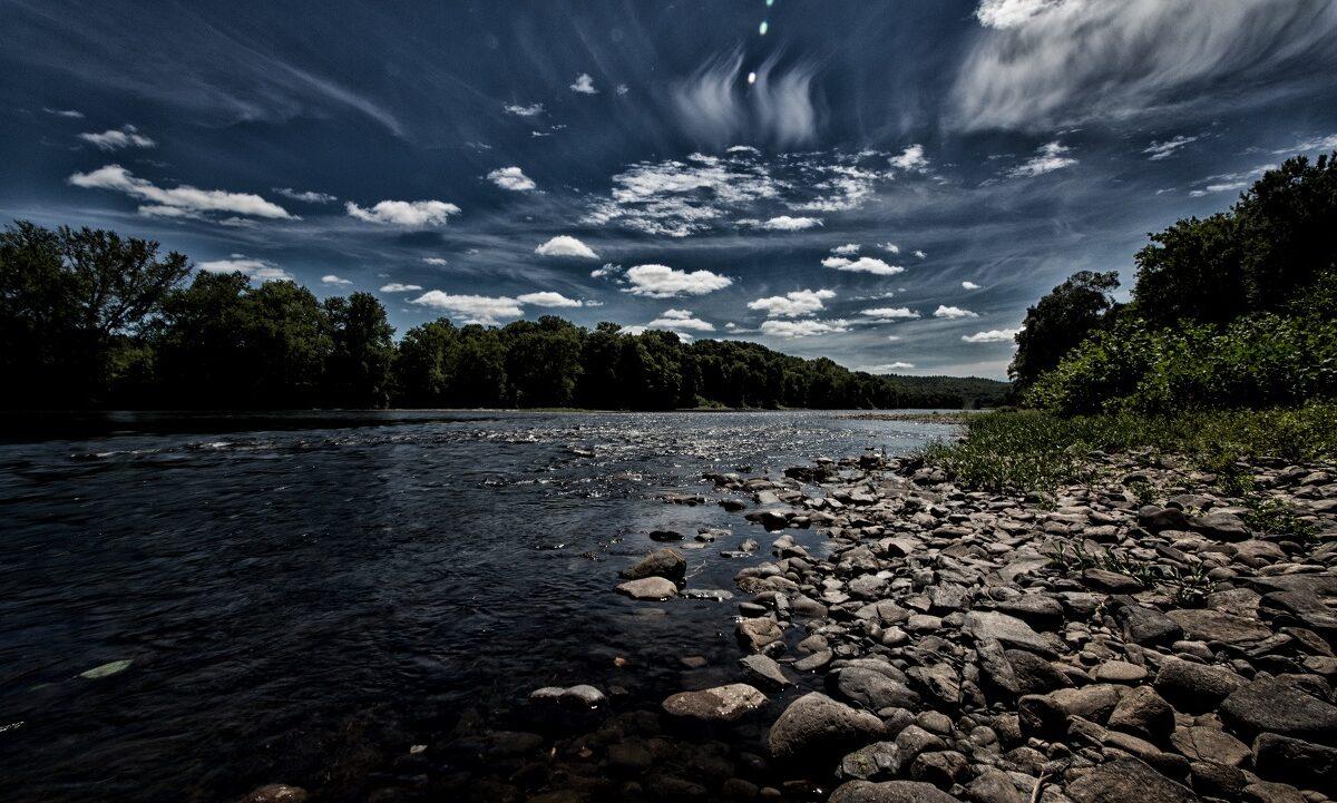 En gang ødela avløpsvann fra mennesker og industri store strekninger av elven, men strammere miljølovgivning og myndighetssamarbeid har reddet den.