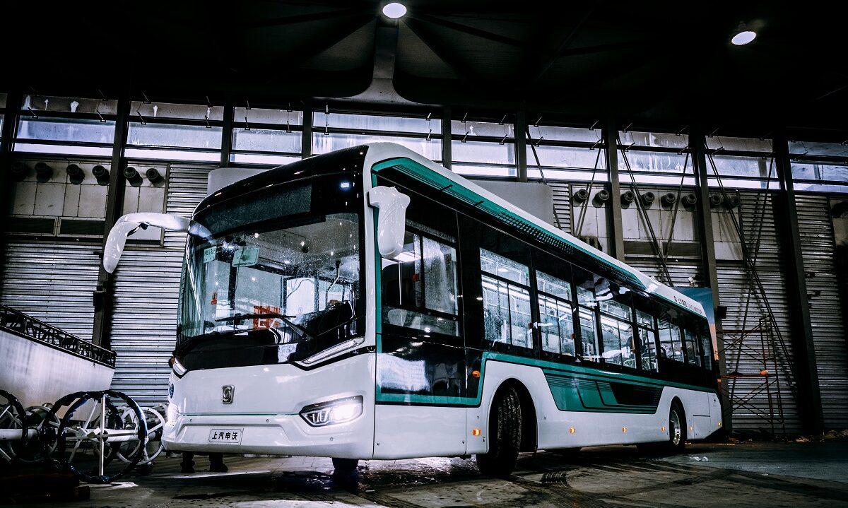 Med statsstøtte og regulering har Kina fått hundretusenvis av elbussar på vegane. Det betyr mindre luftforureining og lågare Co2-utslepp.