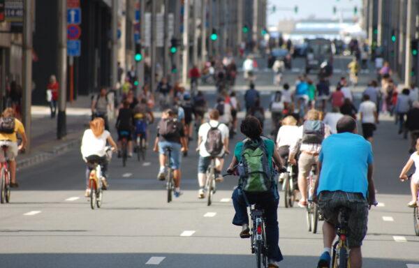 Europeiske byer bygger kilometervis av sykkelstier under pandemien. Det er billig og bærekraftig infrastruktur, som også løser mange andre utfordringer.